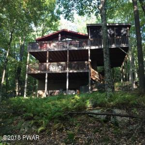 126 Canterbrook Drive, Lords Valley, PA 18428