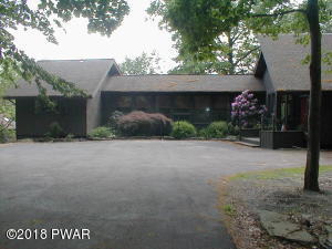 804 Widgeon Court, Lords Valley, PA 18428