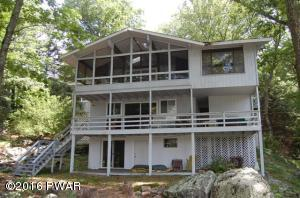 112 Widgeon Ln, Lords Valley, PA 18428