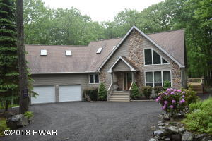 802 Lasso Court South, Lords Valley, PA 18428