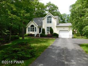 122 Pinto Ln, Lords Valley, PA 18428