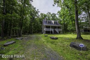 168 Robin Way, Lackawaxen, PA 18435