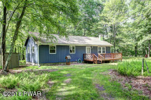 337 Oak Hill Rd, Hawley, PA 18428
