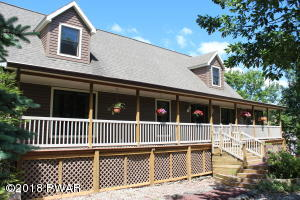 232 Maple Ridge Dr, Lords Valley, PA 18428