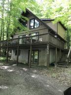 1553 Lakeview Dr, Lake Ariel, PA 18436