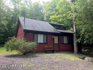 2818 Fairway Ct, Lake Ariel, PA 18436