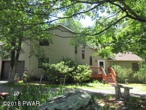 103 Pine Ct, Milford, PA 18337
