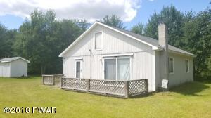 393 Duck Harbor Rd, Equinunk, PA 18417