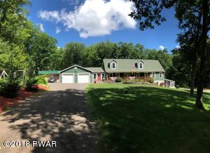 195 Fox Ridge Park Drive, Greeley, PA 18425