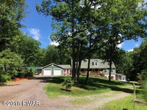 195 Fox Ridge Park Drive, Greeley, PA 18425