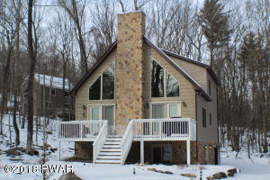 The following photos are a representation of this style home. Actual selections and upgrades may vary.