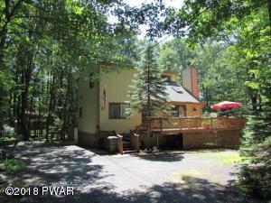 106 Orchard Dr, Hawley, PA 18428