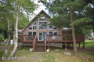 134 Marcel Dr, Dingmans Ferry, PA 18328