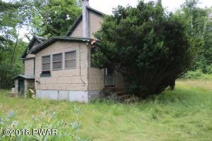 1054 Hamlin Hwy, Lake Ariel, PA 18436