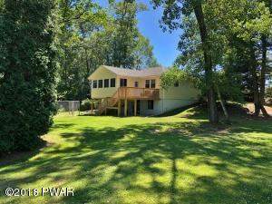 32 Equity Dr, Moscow, PA 18444