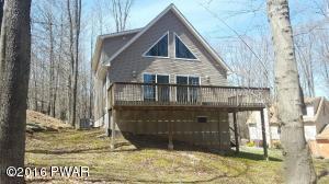 1012 Beaver Lake Dr, Lake Ariel, PA 18436
