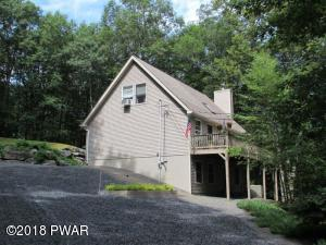 122 Hickory Dr, Lords Valley, PA 18428