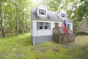 261 Upper Independence Dr, Lackawaxen, PA 18435