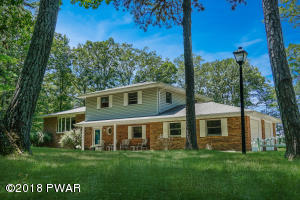 117 Apple Dr, Milford, PA 18337