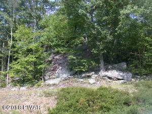 104 Blue Heron Way, Hawley, PA 18428