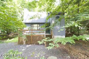 1029 Cedar Dr, Lakeville, PA 18438