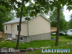 170 N Lake Dr, Dingmans Ferry, PA 18328