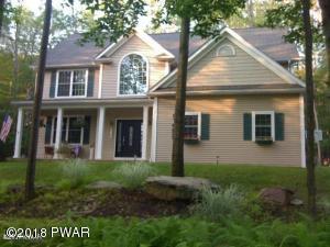 100 Pine Ln, Greentown, PA 18426
