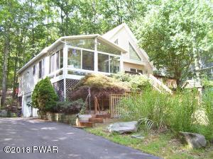 1067 Sunrise Ter, Lake Ariel, PA 18436