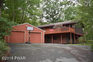 105 Heritage Lane, Lords Valley, PA 18428