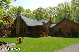 1212 Acadia Dr, Hawley, PA 18428