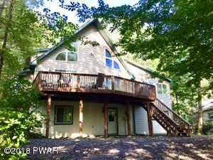 1272 Brookfield Rd, Lake Ariel, PA 18436