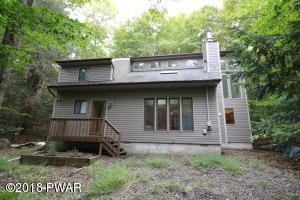 3592 Chestnut Hill Dr, Lake Ariel, PA 18436