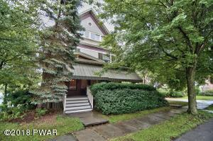 1423 West St, Honesdale, PA 18431