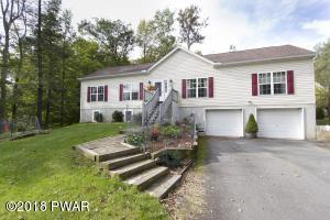 1040 Indian Dr, Lake Ariel, PA 18436