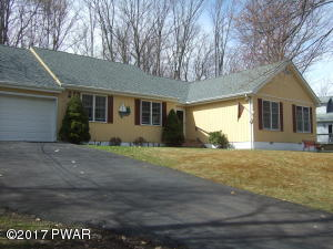 Ranch 3/3 Newer Roof, AC, Super Rear Deck , Garage, AC, Family Rm with Fireplace, Hardwood Flooring, Paved Driveway...