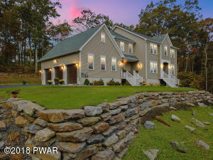 106 State Ct, Milford, PA 18337