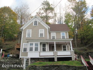 377 RIVERSIDE Dr, Honesdale, PA 18431