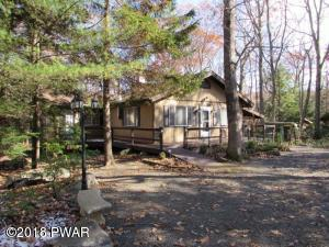 425 Maple Ridge Dr, Lords Valley, PA 18428