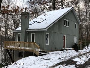 229 Laurel Ln, Greentown, PA 18426
