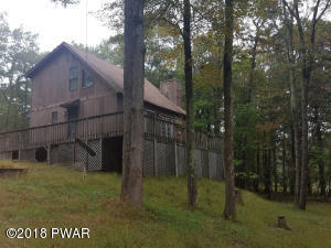 112 Wild Meadow Dr, Milford, PA 18337