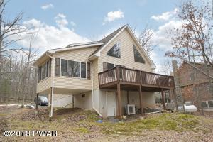 195 Eagle Rock Rd, Lackawaxen, PA 18435
