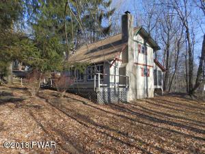 291 Wild Acres Dr, Dingmans Ferry, PA 18328