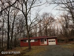 103 Ridgeway Dr, Lords Valley, PA 18428