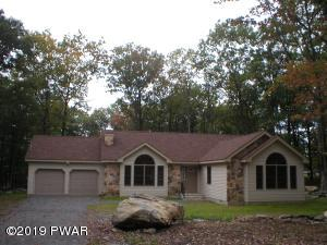 108 Pommel Dr, Lords Valley, PA 18428