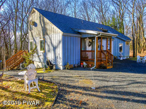 101 Remuda Dr, Lords Valley, PA 18428