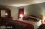 808 Lasso Ct N, Lords Valley, PA 18428