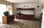 Upper Level Extra Room