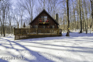 45 Black Bear Rd, Lake Ariel, PA 18436