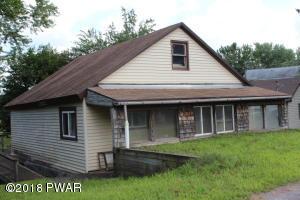 25 Lake Shore Dr, Waymart, PA 18472