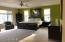 Master Bedroom En Suite / Main level